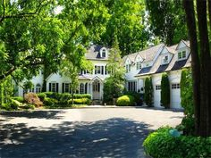 Colonial beauty in Greenwich, Connecticut
