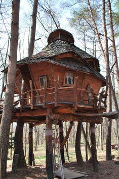 Tree House - Hara village in Nagano Japan