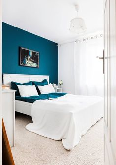 Nice Idee Deco Chambre Bleu Turquoise that you must know, You?re in good company if you?re looking for Idee Deco Chambre Bleu Turquoise Bedroom Wall Designs, Room Ideas Bedroom, Home Decor Bedroom, Bedroom Furniture, Bedroom Turquoise, Blue Bedroom, Bedroom Suites, Best Bedroom Colors, Home Room Design