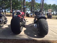 Harley Davidson News – Harley Davidson Bike Pics Custom Street Bikes, Custom Bikes, Vrod Harley, Biker Photography, Harley Davidson Custom Bike, Fat Bike, Beautiful Lines, Motorcycle Gear, Cars And Motorcycles