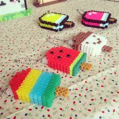 pärla, pärlplatta, pärlplattor, mönster, pärlplattemönster, 3D, glassar, nyckelringar