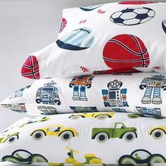 Robot sheets...I like this better than all-out robot bedding.