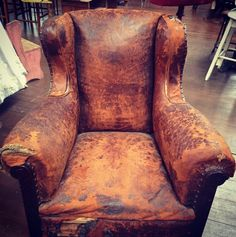 Vintage leather armchair with well worn patina Vintage Sofa, Vintage Leather, Wander, Cowboy Boots, Armchair, Chairs, Relax, Vintage Fashion, Wood