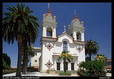 Portuguese Cathedral, mid-day. San Jose, California, USA (color) ✨ #TheCrazyCities #crazySanJose
