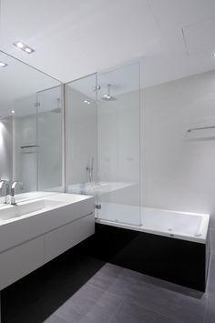 Modern Bathroom. like grey and white