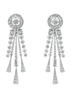 Boucheron 'Hotel de la Lumière Soleil Radiant' white gold pendant earrings set with white diamonds.
