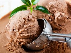 A recipe for vegan-friendly, Paleo/ banting chocolate ice cream, perfect for your next festive party.
