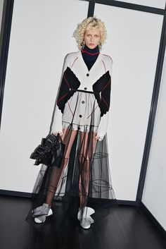MSGM Pre-Fall 2016 Collection Photos - Vogue