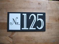 Hausnummern - Hausnummer Dibond Wunschbeschriftung - ein Designerstück von donfrederec bei DaWanda