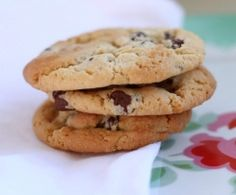 Recipe Only THE BEST Chocolate Chip Cookies EVER! by makeitperfect, learn to make this recipe easily in your kitchen machine and discover other Thermomix recipes in Baking - sweet. Cooking Chocolate, Vegetarian Chocolate, Baking Recipes, Cookie Recipes, Dessert Recipes, Best Choc Chip Cookies, Chocolate Cookies, Chocolate Chips, Bellini Recipe