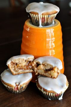 Cinnamon Spice Muffins with Apple Pie