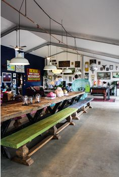 loveee the interior of Wizzard Mountain cafe in Byron Bay!