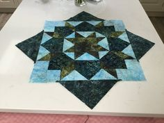 A lovely swoon block created by our customer Pat! All Craft, Dressmaking, Quilts, Blanket, Create, Fabric, Sew Dress, Tejido, Tela