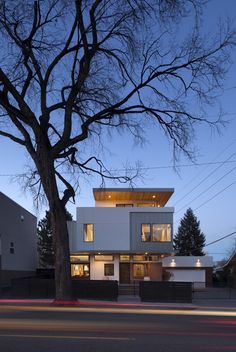 Shift Top House / Meridian 105 Architecture
