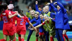 Mallory pugh of the usa celebrates her goal with teammates during the fifa Megan Rapinoe, Us Soccer, Soccer Stars, Alex Morgan, Carli Lloyd, World Cup Match, Singing The National Anthem, Fifa Women's World Cup, Fc Chelsea