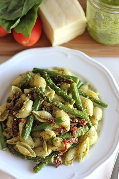 Asparagus pasta salad with sun-dried tomatoes.