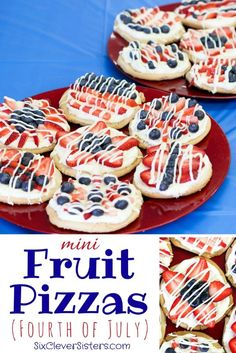 Make these mini fruit pizzas with blueberries and strawberries for your patriotic Fourth of July celebration! They are easy to assemble and less stress of a mess with individual servings! fruit Mini Fruit Pizzas (Fourth of July) - Six Clever Sisters 4th Of July Desserts, Fourth Of July Food, Köstliche Desserts, Holiday Desserts, Holiday Baking, Holiday Treats, Holiday Recipes, Delicious Desserts, Yummy Food