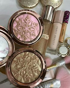 Mac Makeup snowball collection beauty,mac,glow,highlighter,