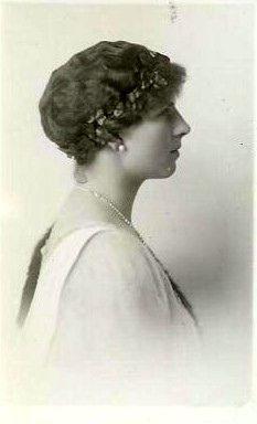 Königin Helene von Rumänien, Queen of Romania