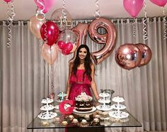 Trends for party decoration so take out paper and pen and take note of the options that you like we will see: decoration images of - New Deko Sites Birthday Goals, 18th Birthday Party, Birthday Table, Birthday Presents, Birthday Party Decorations For Adults, Balloon Pictures, Birthday Pictures, Birthday Balloons, Holidays And Events