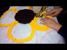 Aprendendo com Adriana Mathias - como fazer tapete de retalho meia flor#2 - YouTube