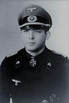 Major Wolfgang von Obstfelder (1918-1981), Kommandeur Panzerjäger Abteilung 346, Ritterkreuz 10.09.1944, Eichenlaub (858) 30.04.1945