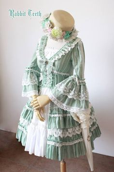 Reminder: Rabbit Teeth ~Myosotis Sylvatica~ Vintage Classic Lolita OP Dress Pre-order will END in 7 hours later