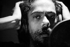 Damian Marley - The Master Has Come Back Damian Marley, Bob Marley, Reggae Artists, Music Artists, Buena Vista Social Club, Kingston Town, Famous Legends, Robert Nesta, Reggae Music