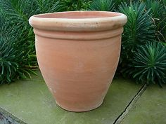 Large Terracotta Plant  Pot / Garden Planter 29 cm High