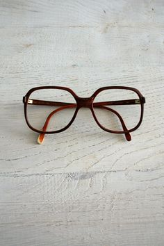 oversized vintage brown glasses