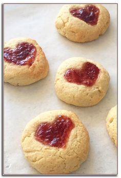 Baking with Kids Sweetheart Jam Drops Recipe Jam tart recipe valentine recipe for kids simple baking recipe heart cake Cooking with Kids Easy Recipes fo. Cake Recipes For Kids, Easy Baking Recipes, Cookie Recipes, Toddler Recipes, Recipes For Children, Simple Recipes For Kids, Fun Recipes, Easy Banana Bread, Banana Bread Recipes