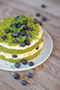 mechový dort/moss cake Moss Cake, Mini Cheesecakes, Holidays And Events, Sweet Recipes, Red Velvet, Diy And Crafts, Food And Drink, Dining, Cooking