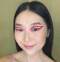 "@kamilahee beleza oriental no Instagram: ""Corre no IGTV da @kissnybrasil que dá tempo de aprender esse delineado gráfico pro Carnaval! 💘 #KimTudoh"" Beauty Box, Instagram, Oriental, Eye Liner, Creativity, Beauty, Weather, Carnival"
