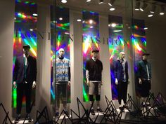 Holographic paper - H&M merchandising