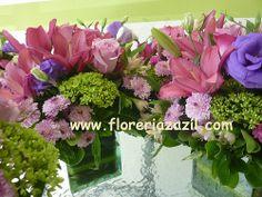 purple weddings purples centerpieces centro de mesa en tonos morados ventas@floreriazazil.com Cancún, México. #Floreriascancun #Floresbodascancun