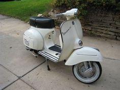 Classic Moped.1965 Vespa ss180.Classic Car Art&Design @classic_car_art #ClassicCarArtDesign