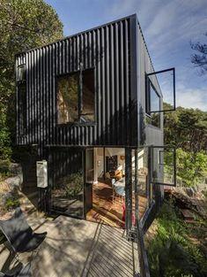casa que parece de container mas não é (11)