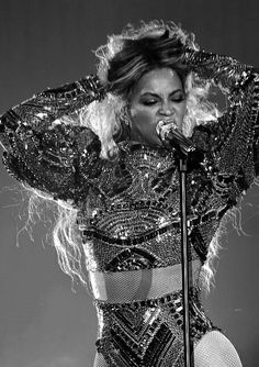 Beyonce http://celevs.com/the-10-sexiest-photos-of-beyonce/