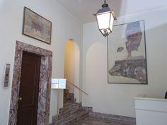 Humilitas (Borromeo) - Palazzo Borromeo, piazza Borromeo 12, Milano. Frammento di dipinto murale, collocato nell'androne, proveniente da un ambiente del palazzo.