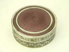 AMERICA STERLING SILVER & ENAMEL TRINKET BOX U.S.A c. 1920 John Bull Antiques JB Silverware www.antique-silver.co.uk New Bond St, London, UK Antique Silver & Gifts