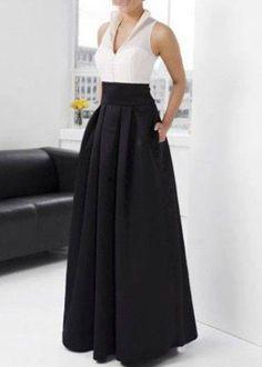 Fashion Black Satin Halter Vertical Pleats A-Line Evening Dress– Discount Evening Dresses Look Fashion, Skirt Fashion, Hijab Fashion, Fashion Dresses, Fashion Design, Fashion Black, A Line Evening Dress, Evening Dresses, Prom Dresses