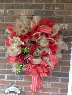 My first attempt at a burlap wreath