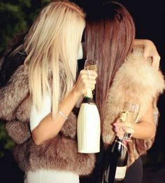 Friends, bubbly and fur!