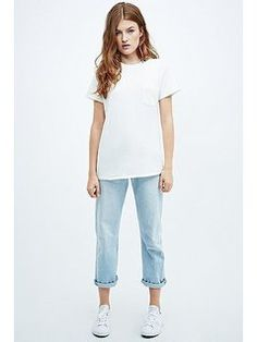 Levis Vintage Clothing 1950s Pocket Tee in White