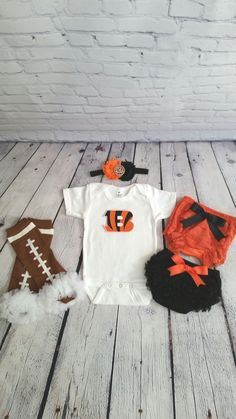 9760a27b29dee 10 Best Baby Boy images | Babies clothes, Baby overalls, Baby Shower ...