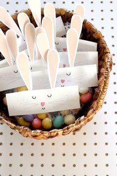 Free Easy Easter Printable: Bunny Bag Toppers