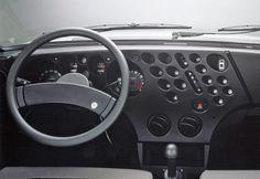 Lancia Beta Trevi dashboard / Year 1972 / By Mario Bellini.