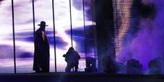 WWE Rumors: The Undertaker appearing at SummerSlam? Deadman signing with SmackDown Live - http://www.sportsrageous.com/wwe/wwe-rumors-undertaker-appearing-summerslam-deadman-signing-smackdown-live/41647/
