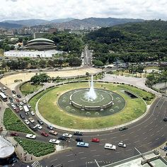 Plaza Venezuela, Caracas (Foto: Manuel Sarda) #ReporterosGraficosEN