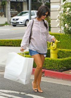 Pregnant Rachel Bilson showing off her baby bump in LA.